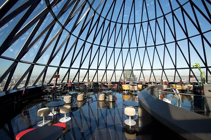 Небоскрёб Мэри-Экс в Лондоне: интерьер помещения