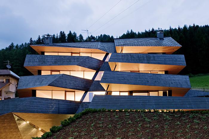Жилой комплекс Dolomiten Blick в Сесто: ночной кадр