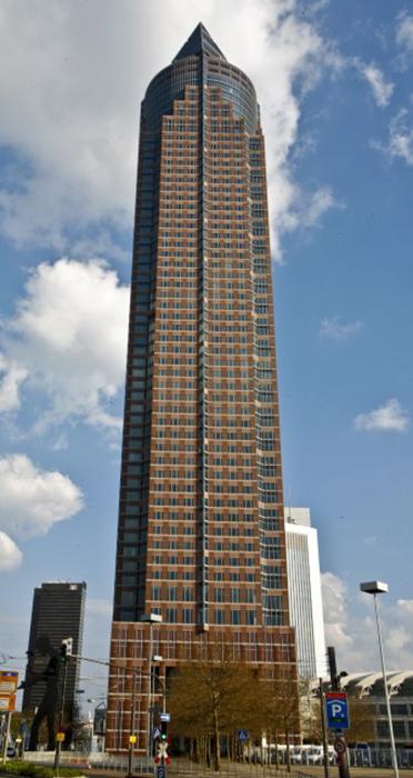 Ярмарочная башня во Франкфурте-на-Майне.