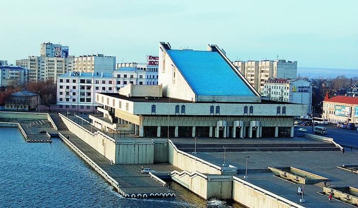 Татарский академический театр имени Галиаскара Камала с высоты птичьего полета