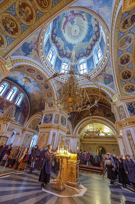 Храм Рождества Богородицы: внутреннее убранство