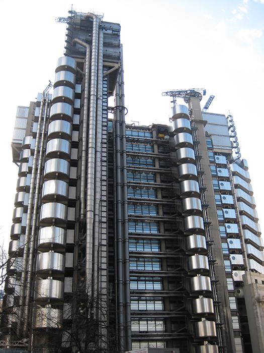 Штаб-квартира страховой компании «Ллойдс» в Лондоне