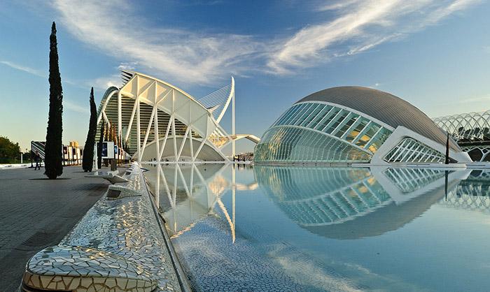 Комплекс 'Город искусств и наук' в Валенсии