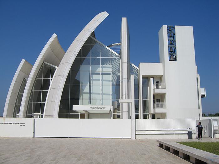 Церковь Милосердного Бога Отца в Риме