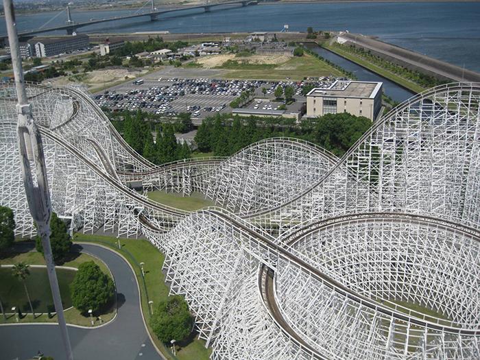 25 самых посещаемых тематических парков в мире, в которых стоит побывать во время долгожданного отпуска.