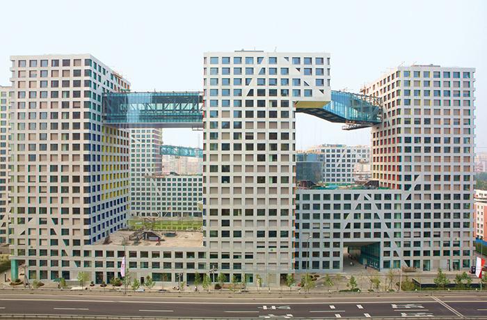 Многофункциональный комплекс «Гибрид» в Пекине, Китай