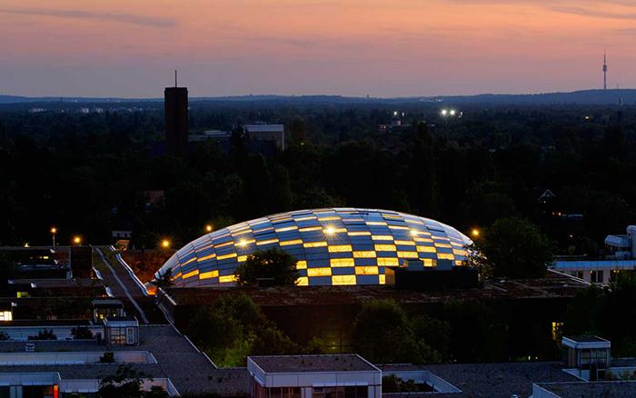 Филологическая библиотека Свободного Университета в Берлине: ночной кадр