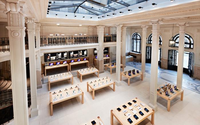 Интерьер парижского магазина