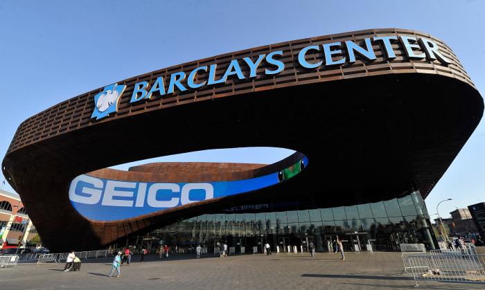 Спортивная арена Barclays Center в Бруклине