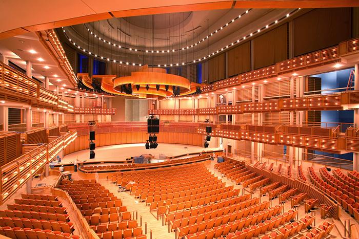 Оперный театр в Сиднее: интерьер зала