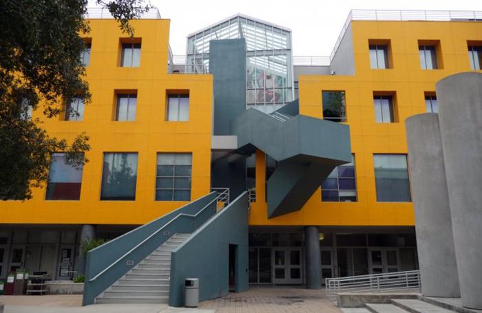 Юридическая школа Лойолы в Лос-Анджелесе