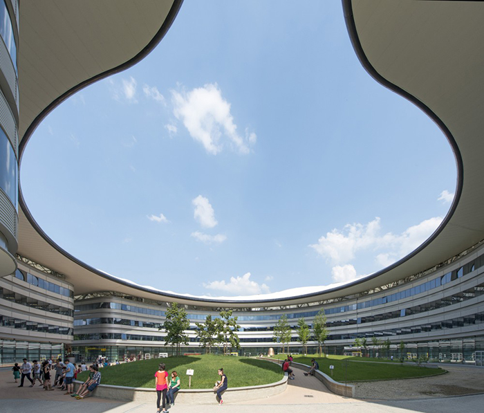 Кампус Университета Луиджи Эйнауди в Турине