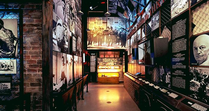 Музей «Психиатрия: индустрия смерти» в Лос-Анджелесе, США