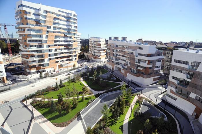 Многофункциональный комплекс City Life в Милане с высоты птичьего полета