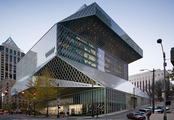 Центральная библиотека в Сиэтле, США
