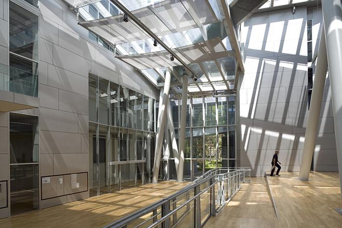 Академия изящных искусств в Мюнхене, Германия: интерьер помещения