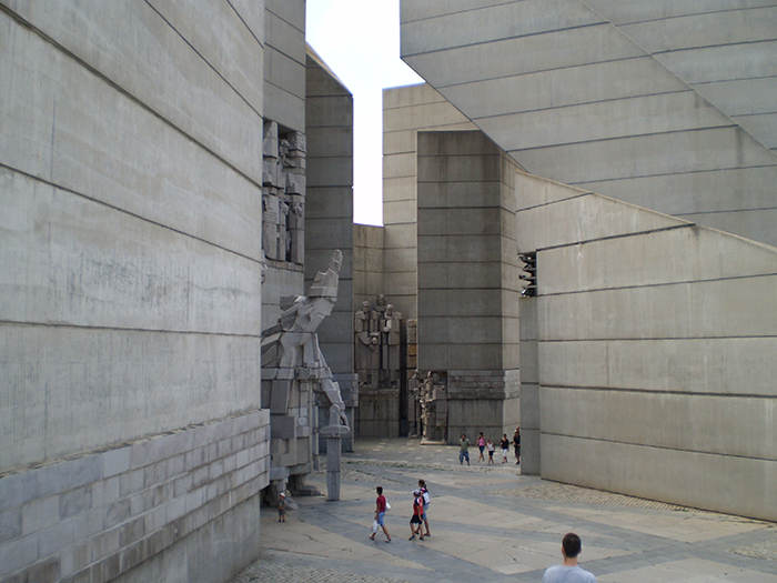Памятник 1300-летию Болгарии в Шумене, Болгария