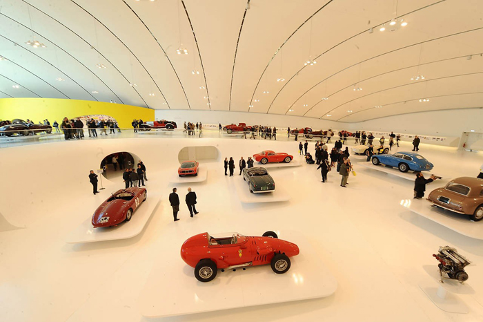 Музей автомобиля Ferrari в Модене, Италия