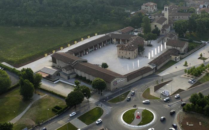 Автомобильный музей Mille Miglia в Брешии, Италия: с высоты птичьего полета