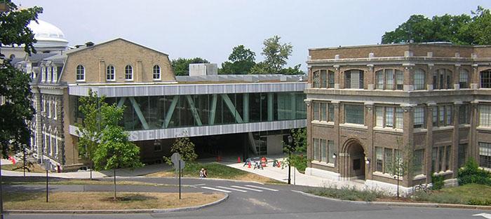 Выставочный зал «Мильштейн холл» Корнелльского университета в Итаке, США