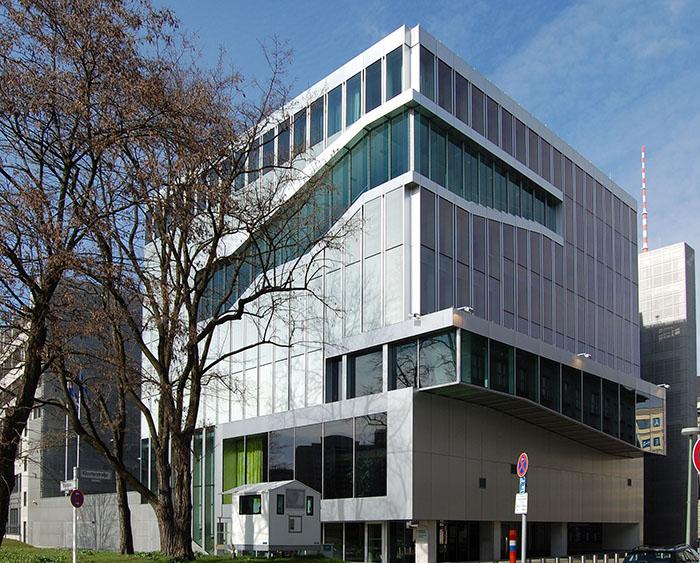Здание Посольства Голландии в Берлине, Германия