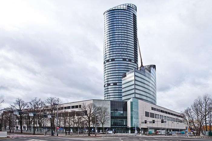 Многофункциональный комплекс «Небесная башня» во Вроцлаве