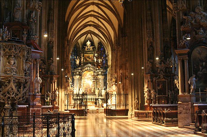 Собор Святого Стефана в Вене: внутреннее убранство