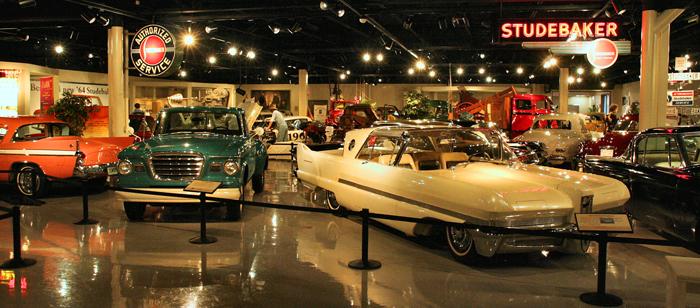 Национальный музей автомобиля Studebaker в Саут-Бенде, США