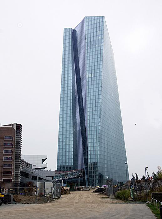 Штаб-квартира Европейского центрального банка во Франкфурте-на-Майне, Германия