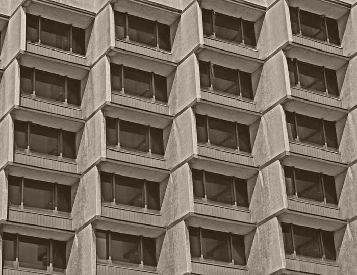 Отель «Форум» в Кракове, Польша: фрагмент фасада