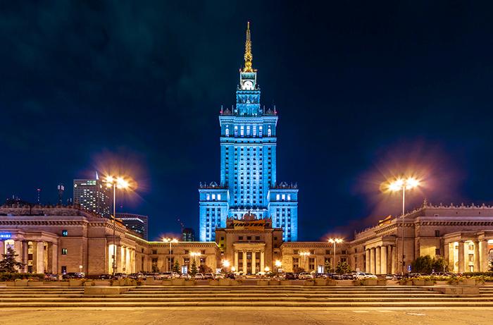 Дворец культуры и науки в Варшаве: ночной кадр