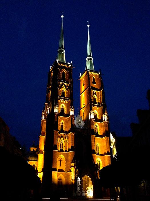 Собор Иоанна Крестителя во Вроцлаве: ночной кадр