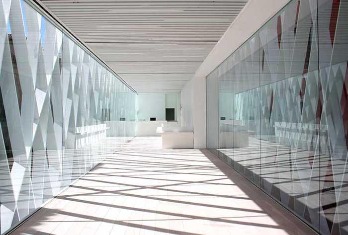 Светлый интерьер музея ABC