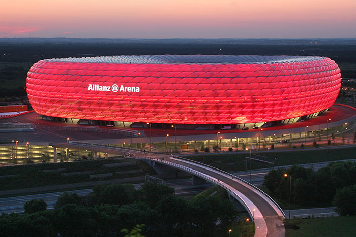Футбольный стадион «Альянц Арена» в Мюнхене