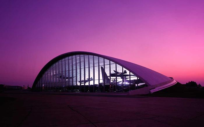 Музей американских воздушных сил на закате