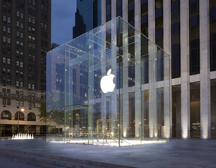 Фірмовий магазин Apple на Таймс Сквер