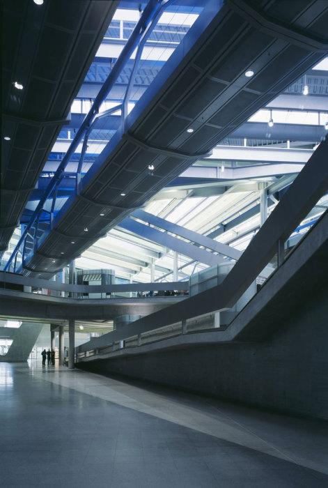 Интерьер офиса BMW в Лейпциге