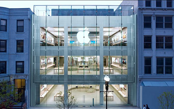 Магазин Apple на Бойлстон стрит в Бостоне