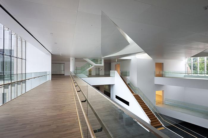Музей современного искусства в Сеуле: интерьер помещения