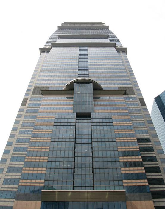Небоскреб «Капитал»: фасад здания