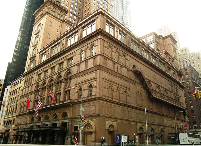 Концертный зал 'Карнеги-холл' в Нью-Йорке, США