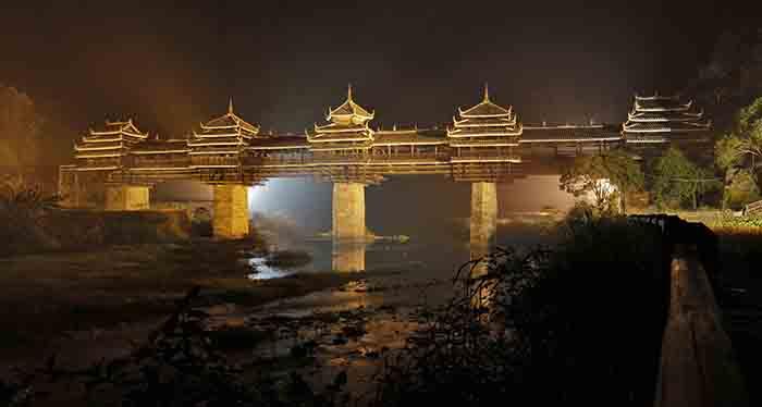 Мост Юнцзи в Чэньяне: ночной кадр