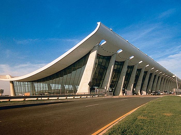 Международный аэропорт имени Джона Даллеса