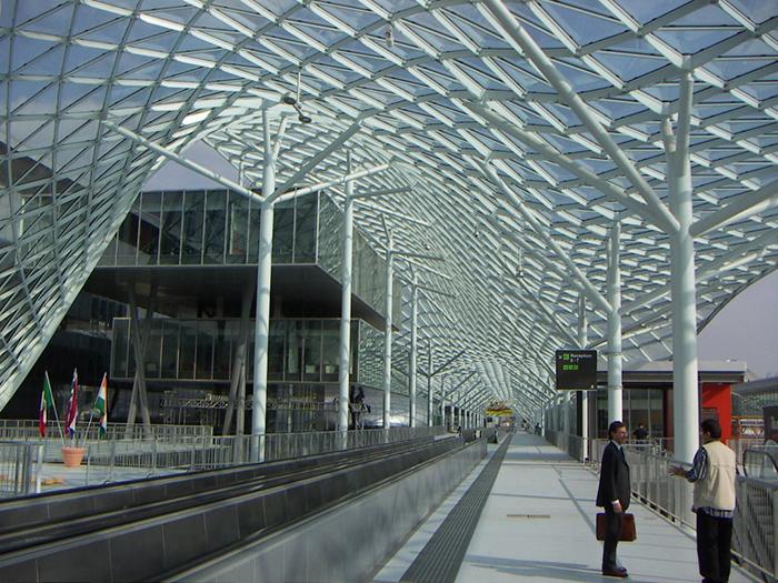 Многофункциональный выставочный комплекс Fiera Milano в Милане