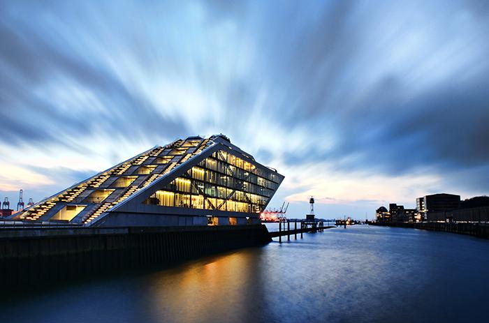 Офисный центр «Доклэнд» в Гамбурге