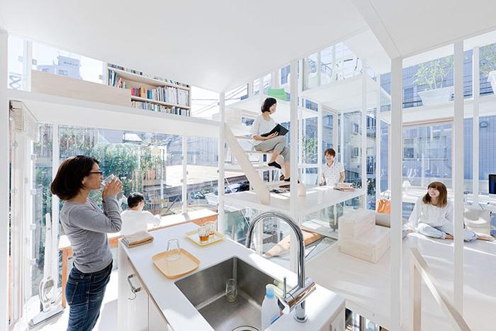 Максимально открытый интерьер дома House Na