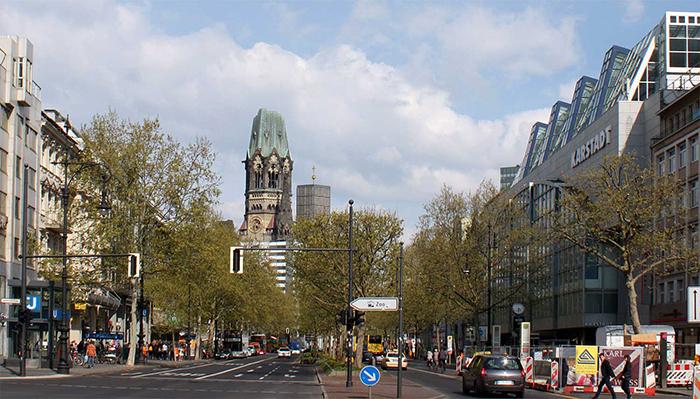 Курфюрстендамм в Берлине, Германия