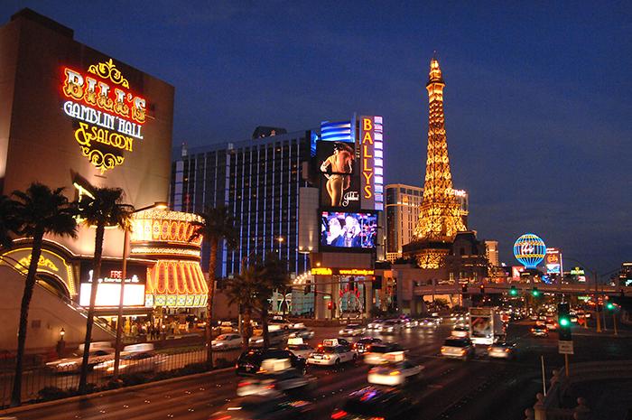 Бульвар Лас-Вегас в Лас-Вегасе, США