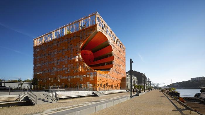 Багатофункціональний комплекс 'Помаранчевий куб' в Ліоні