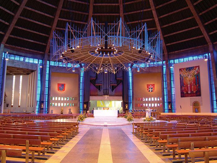 Метропольный собор в Ливерпуле: интерьер помещения